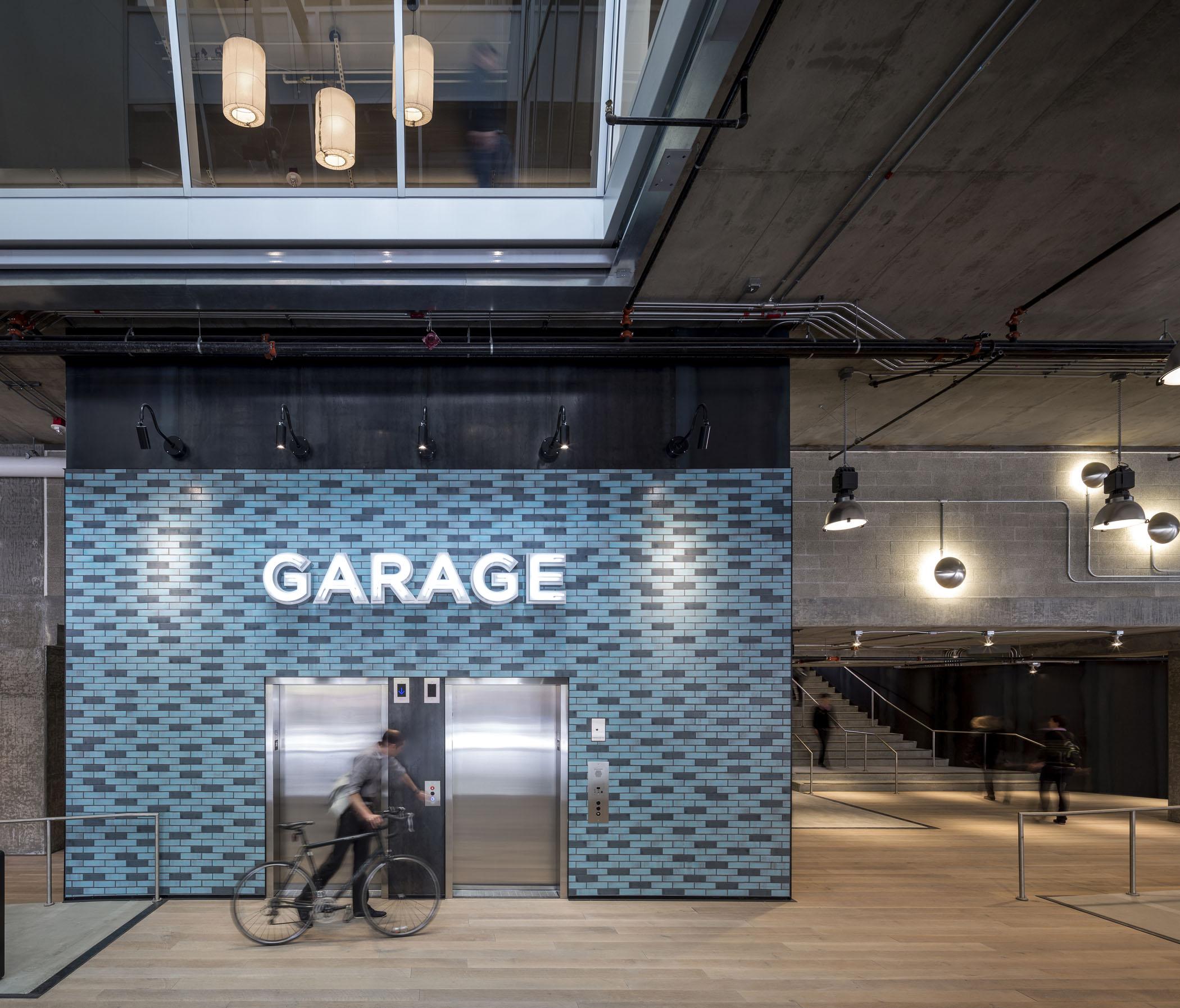 400 Fairview Garage