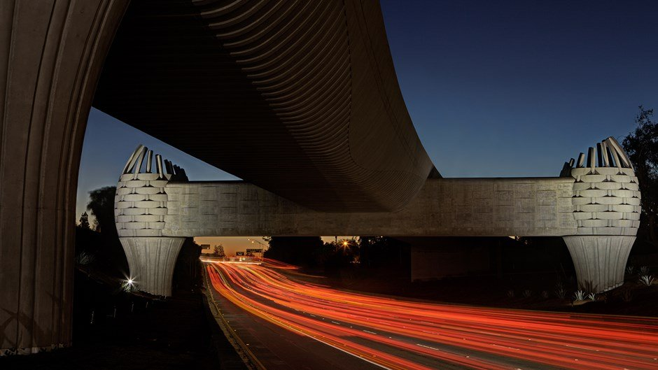 iconic-bridge-structure-california