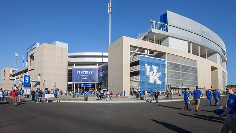 commonwealth-stadium-university-of-kentucky