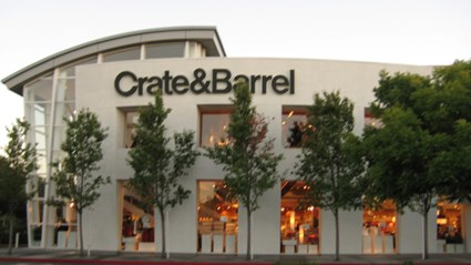 Crate & Barrel needed new stand-alone retail stores across the U.S. Skanska provided construction management services to build over 10 stores and maintain their brand with specialized, high-end finishes.