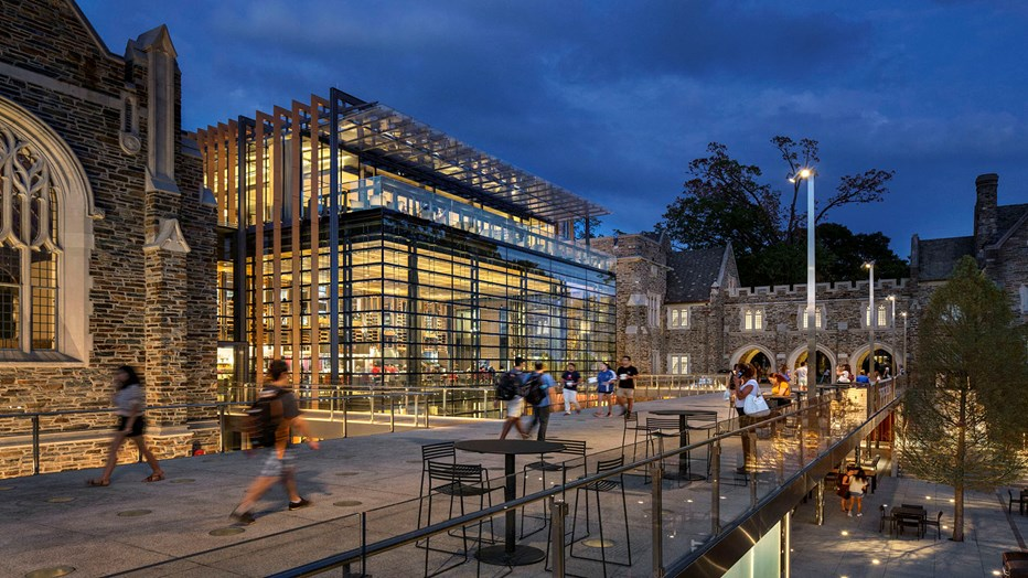 Duke University wanted an innovative, modern collegiate dining facility that would enhance the university community experience. Skanska performed extensive renovations that resulted in a modern glass atrium structure, providing unique student gathering spaces while tying seamlessly to the original gothic architecture.