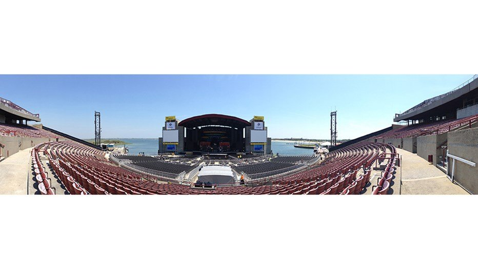 Hurricane Sandy tore through Live Nation's Nikon at Jones Beach Theater, submerging the lower levels of the venue, damaging the stage, seats, backstage and concession areas. In a design-build team, Skanska and architects EwingCole provided Live Nation with a total solution to rebuild in time for the opening of the concert season.